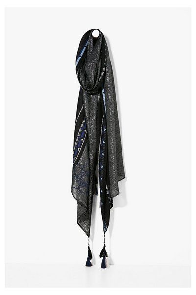 Écharpe Slim Rectangle Pixie Desigual. Découvre la collection printemps-été2017!