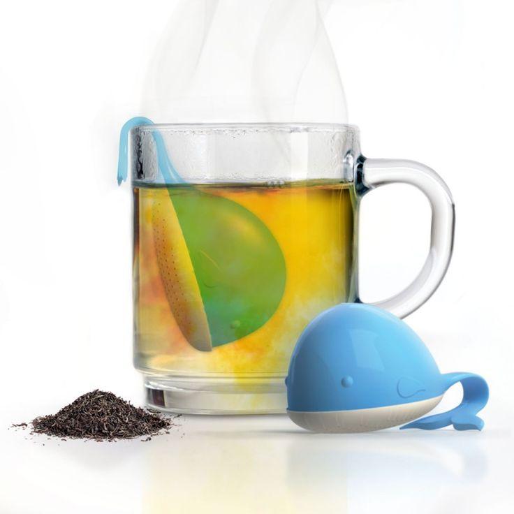 ★NEW : Infuseur thé Moby-tea ★ ►http://ow.ly/WWqfO (8.90€)  Dans les profondeurs de votre tasse de thé, cette petite baleine bleue prend son pied !