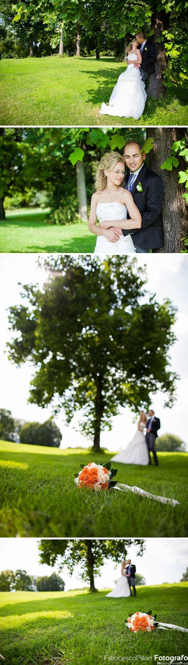 foto matrimonio nel parco golf club del ristorante la montecchia selvazzano (PD) dentro con gli sposi