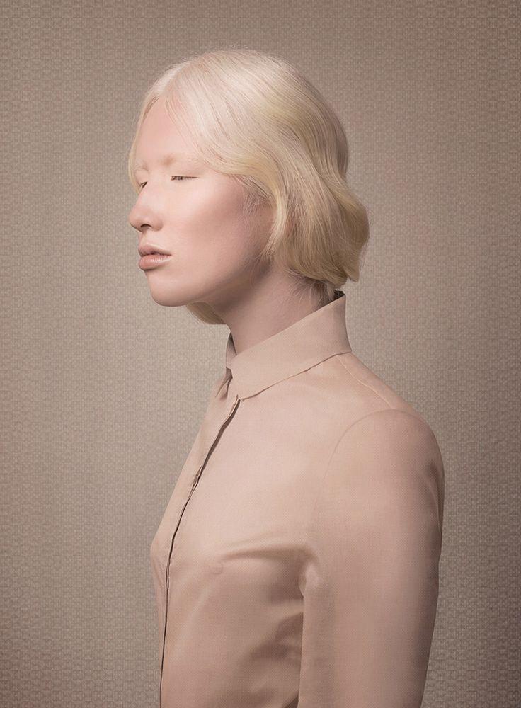 Nude © Justine Tjallinks
