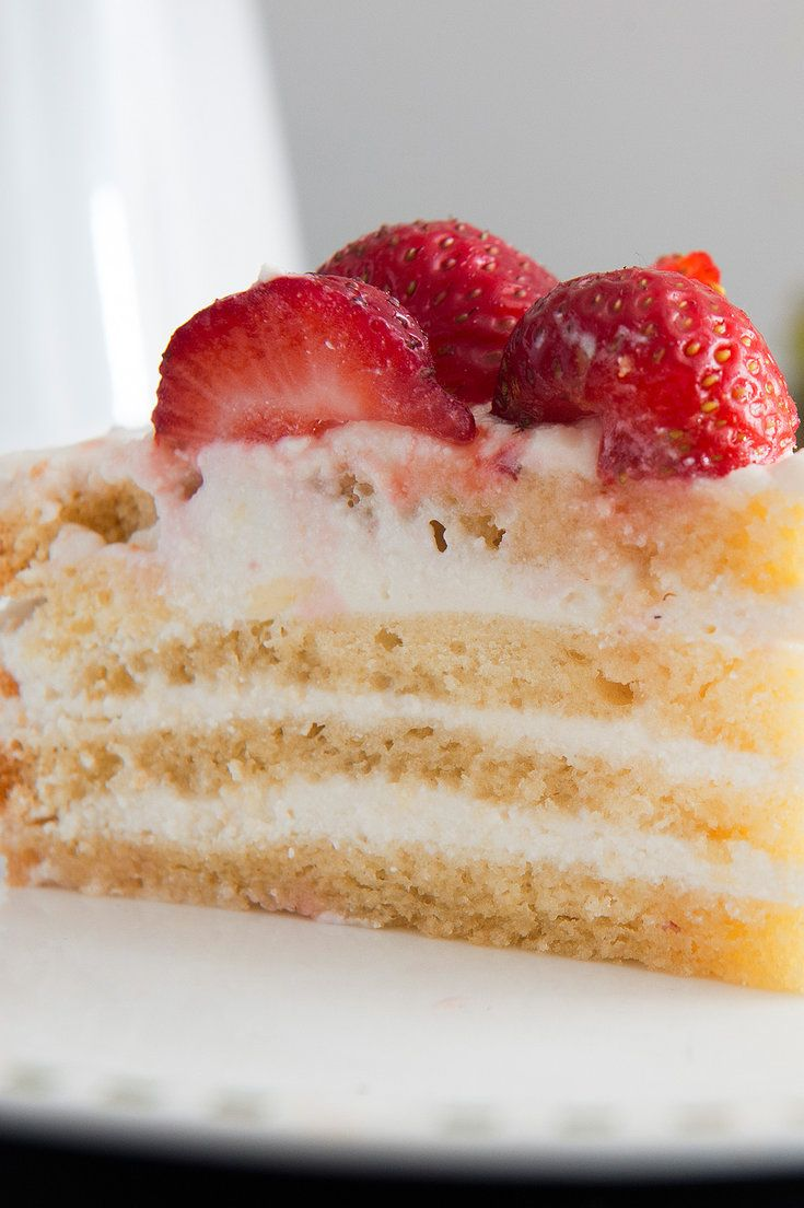 A summery version of Sicilian cassata topped with ripe strawberries. (Photo: Evan Sung for The New York Times)