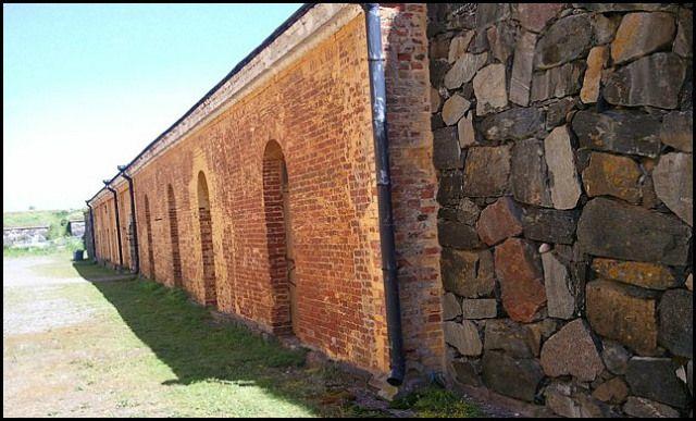 stone and brick wall, Suomenlinna