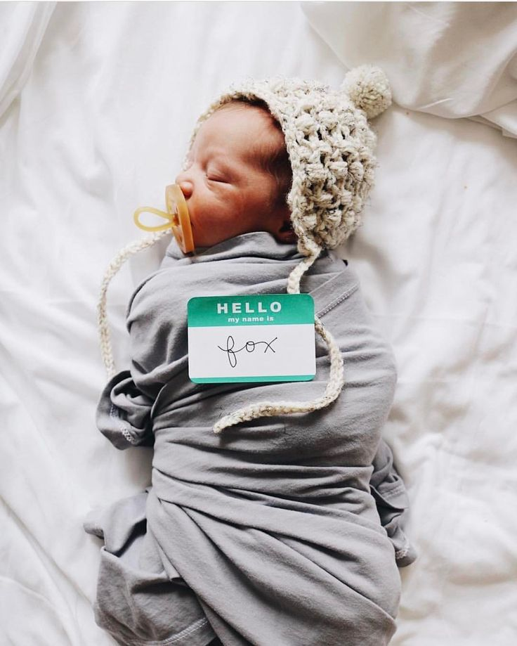 "3 Likes, 1 Comments - M A X + M O O S E blankets (@max_and_moose) on Instagram: ""Happy Sunday! Hope you are all taking it easy with family + friends. How sweet + perfect is baby…"""