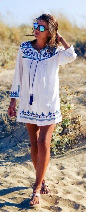 Super cute white dress, makes me think of Greece. MelonKiss.com