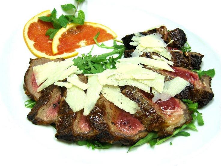 http://www.kitchentoolitalia.com/Ricette/View/Article/229/TAGLIATA-DI-MANZO-CON-RUCOLA-E-GRANA.aspx