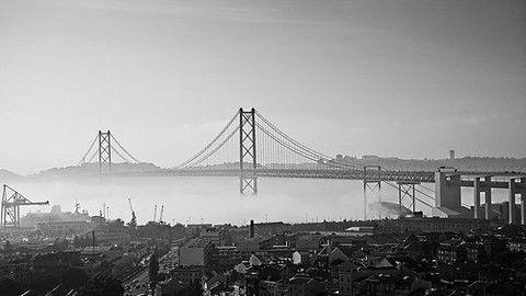 Bridge over the clouds por Sérgio Bernardino