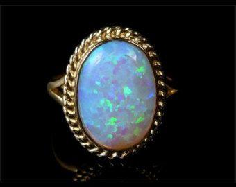 Ópalo rosa corte en oro de 14K anillo de oro oro por louisagallery
