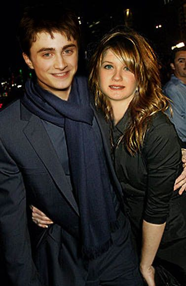 Dan and Bonnie. Unless I'm mistaken this is around the time of Prisoner of Azkaban.They were so cute when they were younger