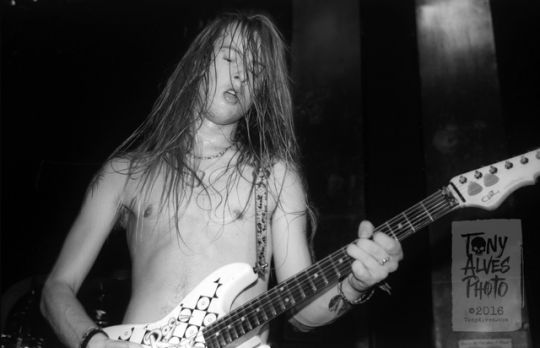 Jerry Cantrell; Feb 15,1991 at the I-Beam in San Francisco, CA- photo credit to Tony Alves