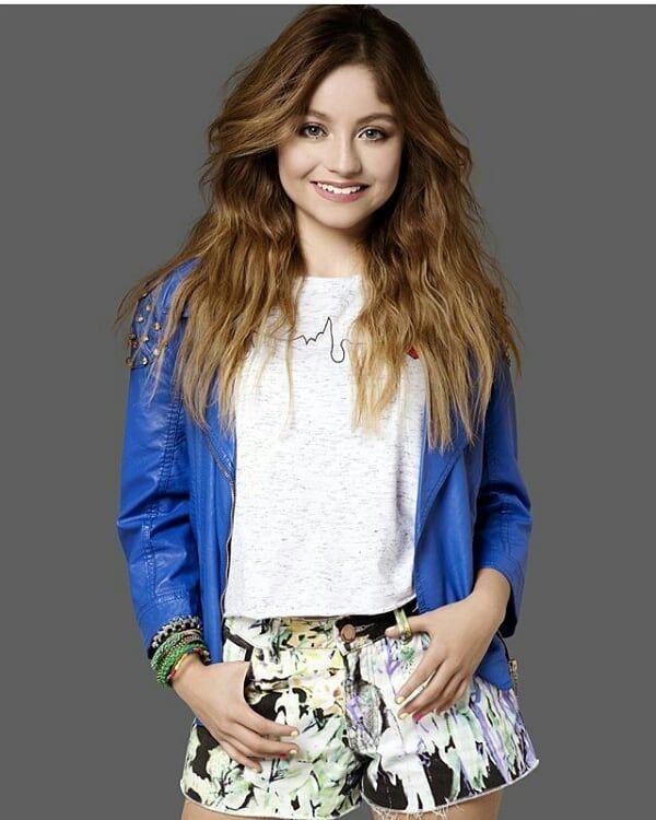 Pin De Facugames61 En Disney Channel En 2019 Vestidos De