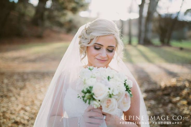 The Beauty Roomhttp://queenstownweddings.org/wedding-directory/hair-and-makeup