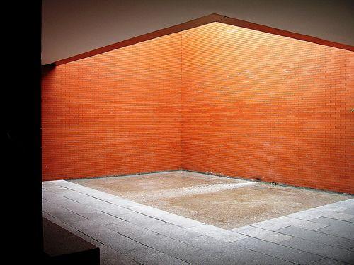 Patio-Implúvium 02b Centro Turismo Colón Alvaro Siza 5249 by javier1949, via Flickr