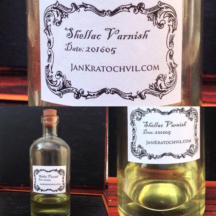 My own #shellac #varnish ready for #kolodium #collodion test www.kolodium.cz Můj vlastní #šelak lak na fotografické desky. Doufám že test č. 1 proběhne