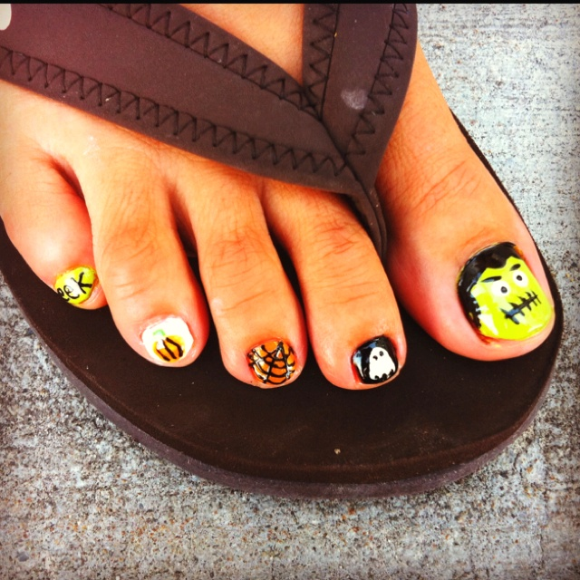 25+ Best Ideas About Halloween Toe Nails On Pinterest