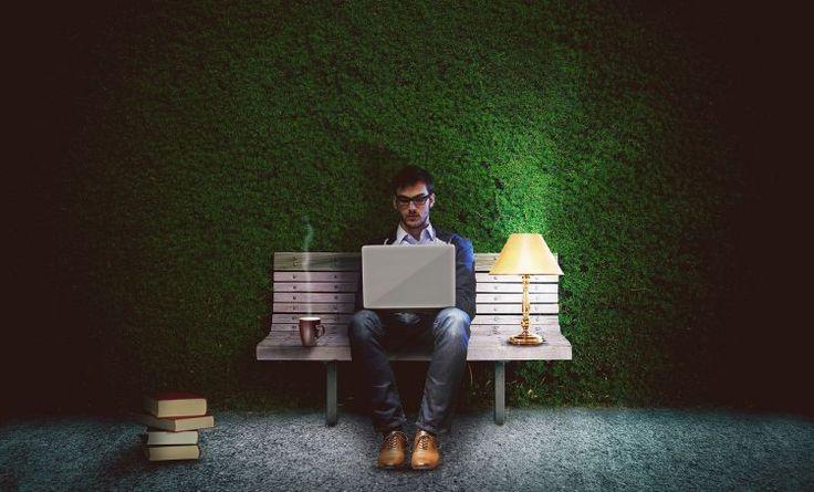 9 Alasan penulis layak kamu perjuangkan jadi pendamping hidup 9 Alasan penulis layak kamu perjuangkan jadi pendamping hidup Penulis menjadi salah satu profe