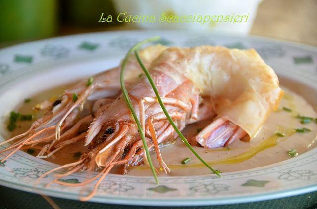 Gamberoni in crosta di pasta fillo su crema di fagioli Cannellini