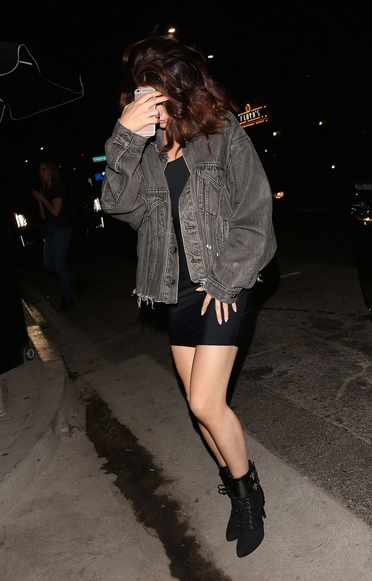 April 6: Selena arriving at Beauty & Essex in Hollywood, California
