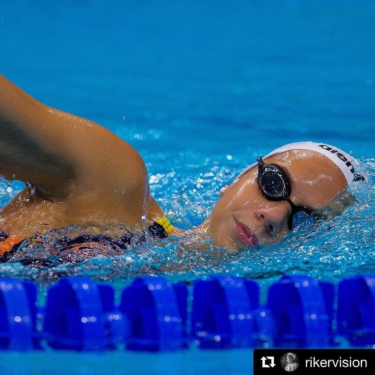800 free tomorrow🏊🏼♀️  (btw I have no idea how I managed to take a breath without opening my mouth🤔)