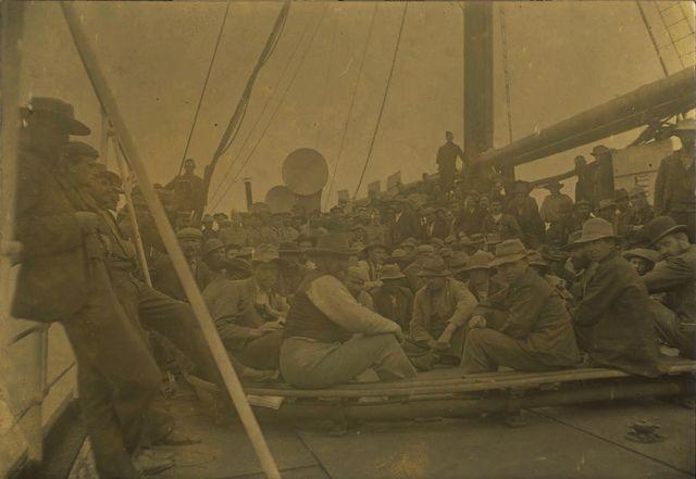 Photos from Anglo Boere Oorlog/Boer War (1899-1902) POW Saint Helena Boer Prisoners Of War, on board a ship, en route to St. Helena  Boerekrygsgevangenes aan boord van die skip, onderweg na St. Helena