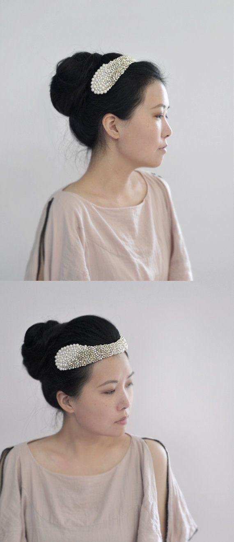 Queen Lucinda - golden sparkling headpiece