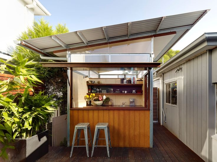 """Could retrofitting the suburbs with secondary dwellings, or """"granny flats,"""" offer a viable method for combating Australia's housing affordability crisis?"""