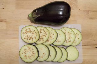 How to Freeze Raw Eggplant | eHow