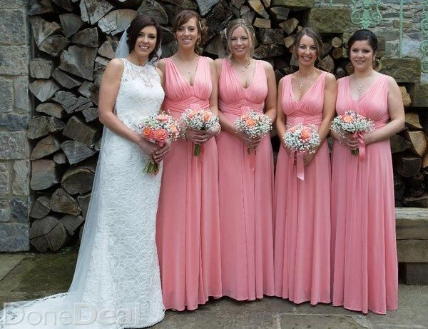 """This dress was bought in """"The White Room"""", West Meath in March 2015. It is Size 10 but the top section was altered in store and is more suited to an 8. http://thewhiteroom.ieIt retailed at 1780 euros. This dress has obviously only been worn once and was specially dry cleaned after the wedding. Therefore it is in perfect condition.For the full Package Wedding Dress plus 4 Bridesmaids Dresses = 1350 euro. Bridesmaid Dress single = 50 euro. (Original price 165 euro each). Bridesmaid Dress…"""