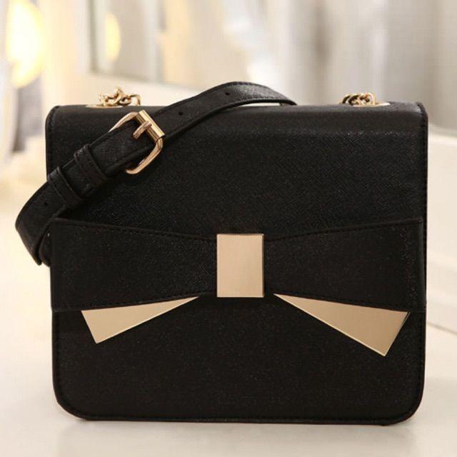 Saya menjual PCA1998 black seharga Rp165.000. Dapatkan produk ini hanya di Shopee! http://shopee.co.id/binjuw/1123334 #ShopeeID