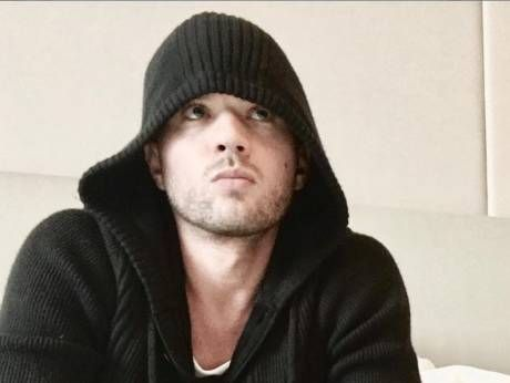 Ryan Phillippe accused of beating ex girlfriend