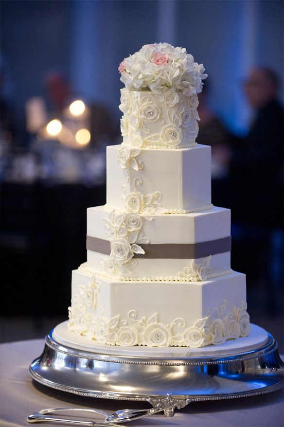 best milwaukee wedding cakes 33 best awesome milwaukee wedding cakes images on 11345