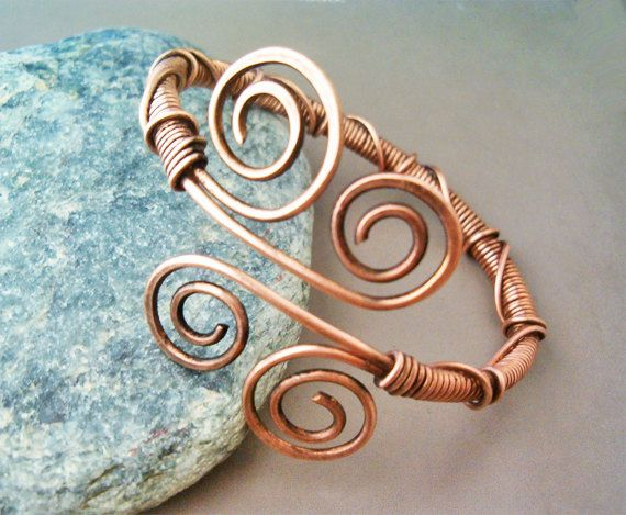 Hey, I found this really awesome Etsy listing at https://www.etsy.com/listing/187725752/bracelet-wire-wrapped-hammered-copper