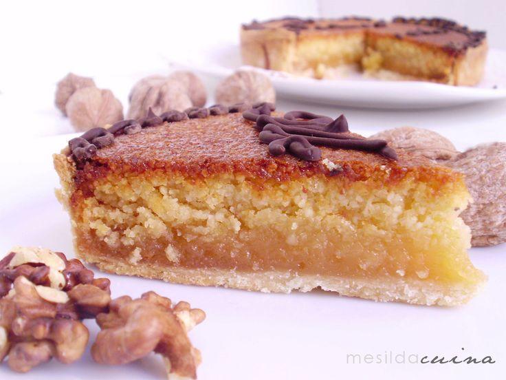 """TÉCULA MÉCULA  Esta tarta es deorigen árabey su nombre significa """"Para tí-para mí"""".Casa Fuentes de Olivenza (Badajoz) tiene la marca registrada. Es de almendra y yema ,dos de los ingredientes que mas nos gustan en casa.La vi en el blog deCocina Sana y Facily la tuve que hacer sin remedio... Es ideal para navidad."""