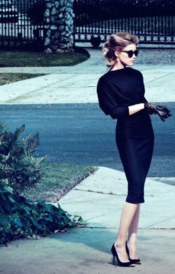 海外ファッショニスタがお手本♪シンプルクラシックなタイトワンピ♡ 結婚式の列席者ドレス 黒