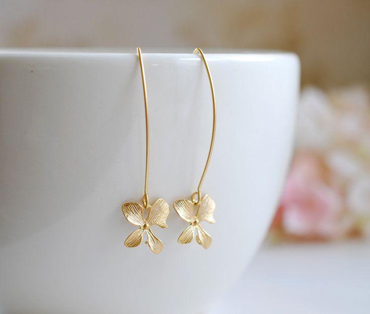 Goldene Orchidee Blume lange baumeln Ohrringe einfache von LeChaim, $16.50