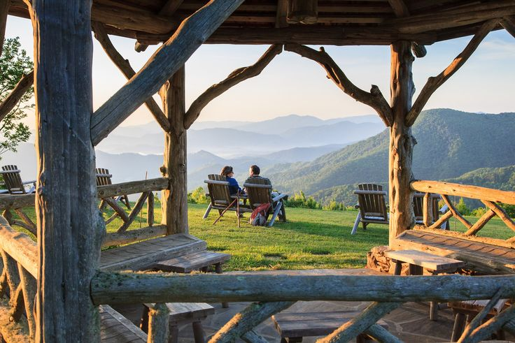 Swag Inn - Romantic view - About an hour from Asheville, NC