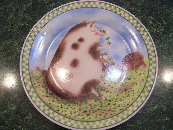 Spring Pig Decorative Plate