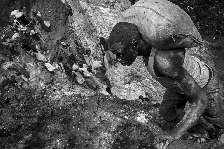 Il coltan e le vittime della nostra ricchezza, reportage di Stefano Stranges dal Congo.