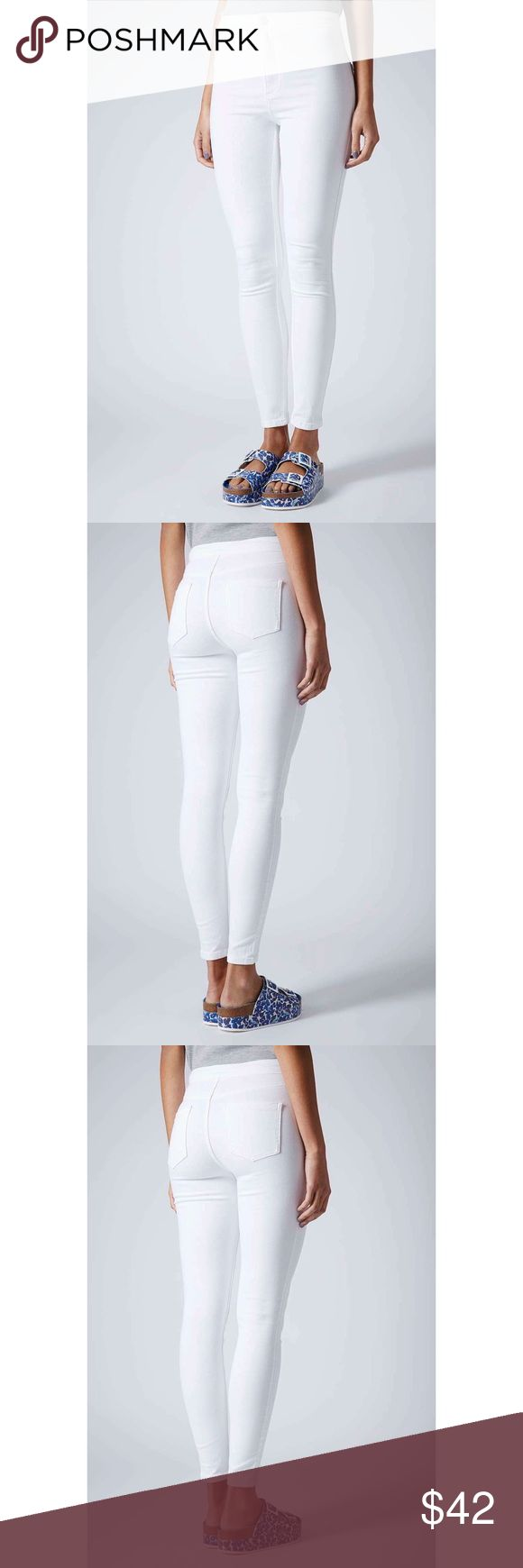 "NWOT Topshop White Joni Holding Power Skinny Jeans Brand new without tags and unworn Topshop Joni ""Holding Power"" jeans in white. Still has tag on back edge of waist. L30. Topshop Jeans Skinny"
