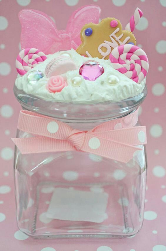 Use caulk as 'frosting' to make any jar suitable for a confectionery kitchen!