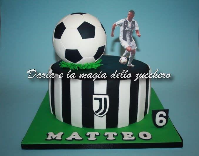 Ronaldo And Juve Cake Cake By Daria Albanese Soccer Birthday