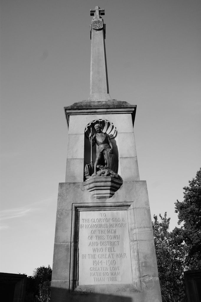 This is the Kelso WW1 war memorial.
