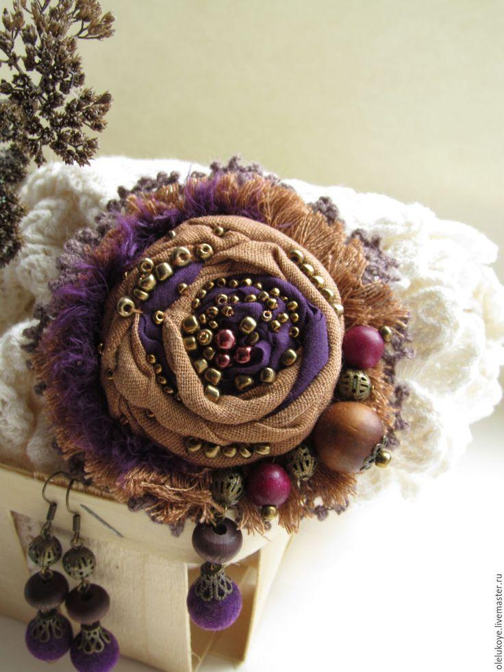 Купить Комплект Виолетта. Текстильная брошь-роза и серьги - коричневый…