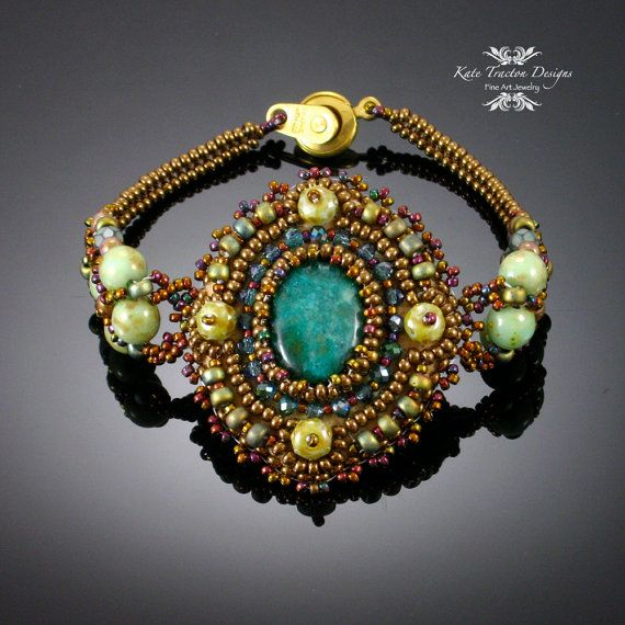 Sparkling Netted Bracelet, Beadweaving, Deep Green, Antique Gold