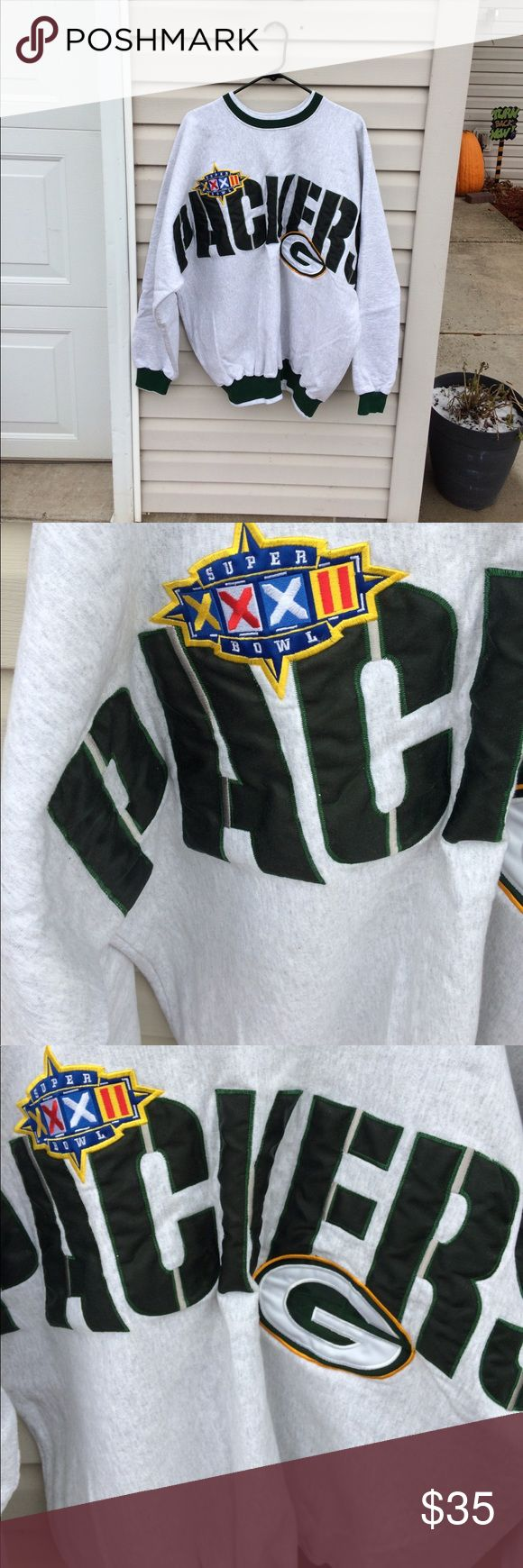 Vintage Packers Super Bowl Sweatshirt It's the Green Bay Packers against the Denver Broncos. The date is January 25, 1998 and the green and gold take home the  Super Bowl 32 Championship title. This Legends brand Green Bay Packers sweatshirt captures that timeless moment. Size XXL, heavy duty material. All logos and lettering are stitched, no screen print. In good vintage condition. Make this a part of your collection! Comes from a smoke free home. Please ask if you have any questions…