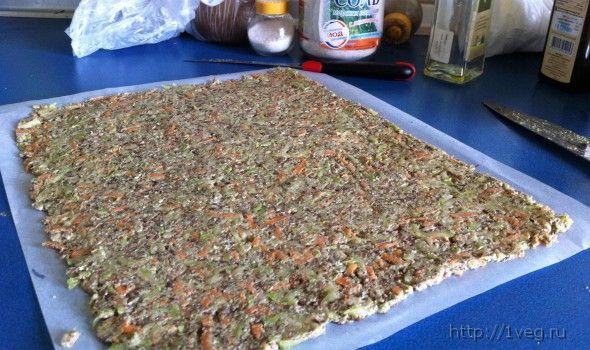 Нежаренные кабачковые оладушки (сыроедные)