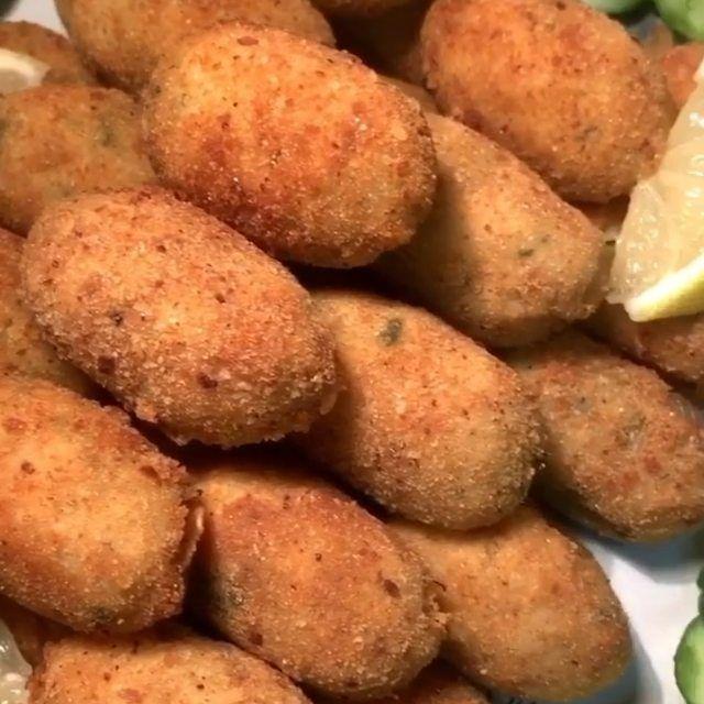 1 351 Mentions J Aime 14 Commentaires شهيوات السعادة Chhiwat Saada Sur Instagram كفتة البطاطس بالدجاج لاتنسو لايك وكوم Food Vegetables Potatoes