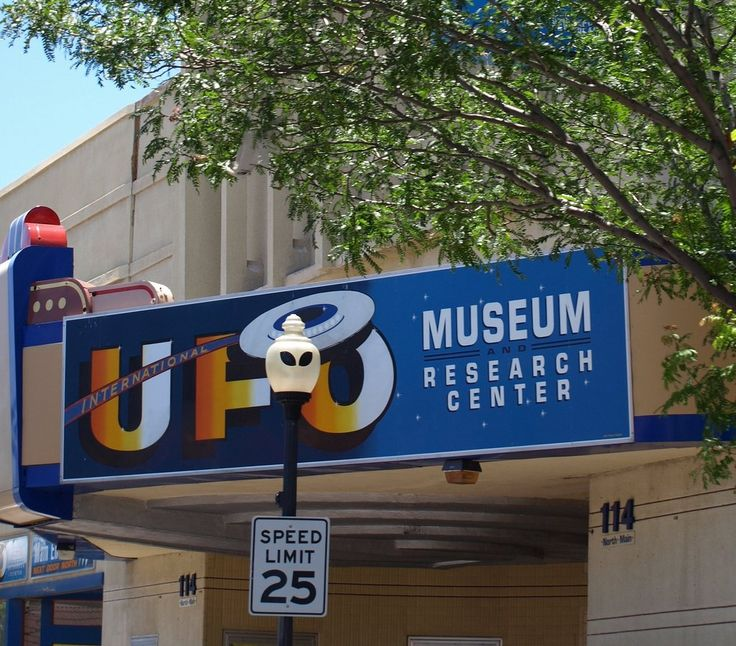 2. Check out the International UFO Museum and Research Center in Roswell