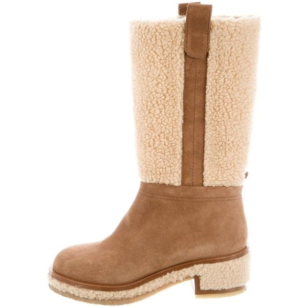Pre-owned Chanel 2015 Shearling Boots ($845) ❤ liked on Polyvore featuring shoes, boots, neutrals, pre owned shoes, shearling boots, chanel shoes, chanel footwear and rounded toe boots