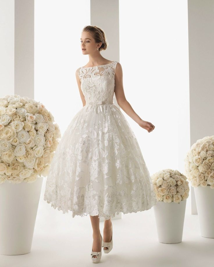 """Da el """"sí quiero"""" con un vestido corto de novia"""