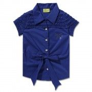 Make your daughter look like a style diva wearing this shirt from Cutecumber. Featuring ruffles at shoulder and a front knot, this cotton shirt is perfect for the summer outing.